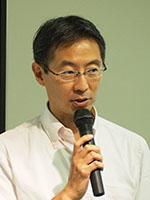 山崎 育生 氏