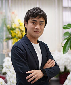 web_tsuchida.jpg