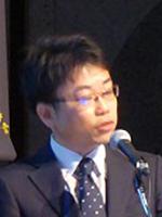 中野 裕介 氏